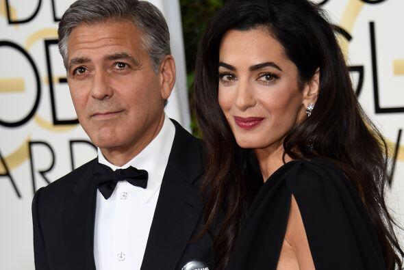 """Hizo su """"debut"""" en Hollywood con George Clooney en los Globos de Oro."""
