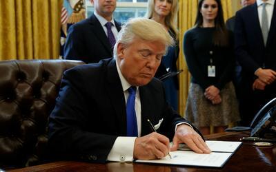 Presidente Trump anuncia que ordenará una investigación por posibles vot...