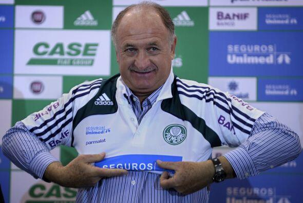 Luiz Felipe Scolari vive una vida de lujo en el Palmeiras de Brasil, gra...