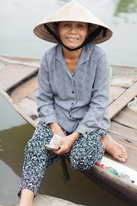 Así se ven las mujeres bellas alrededor del mundo qfb - Hoi An- Vietnam...