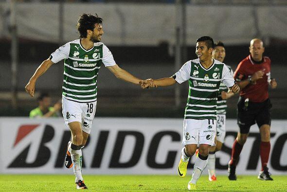 Santos se ponía en ventaja al minuto 54 sorprendiendo al conjunto urugua...