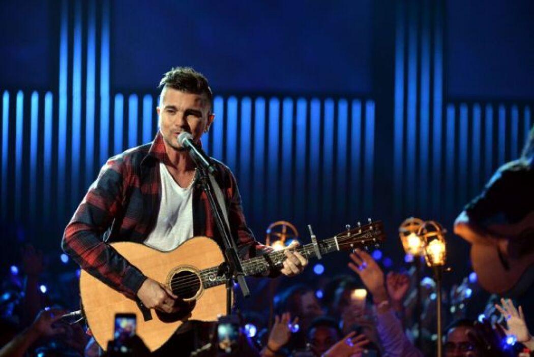 Juanes enamoró a las presentes con su voz, encanto y sencillez.