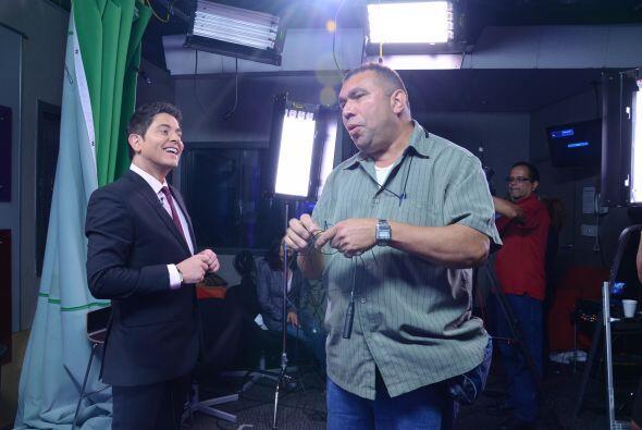 Y después de un largo día en el estudio de Univision.com,...