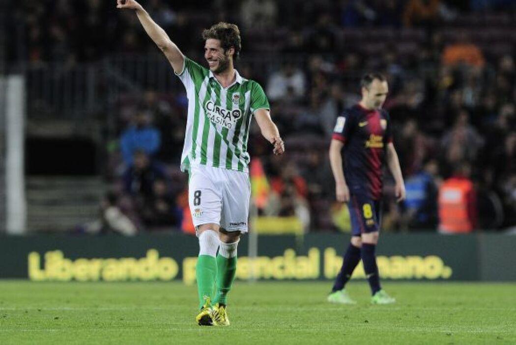 Rubén Pérez fue el encargado de ese disparo y el Betis se fue al descans...