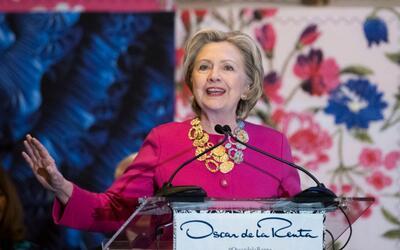 Hillary Clinton recuerda la importancia de los inmigrantes en un homenaj...