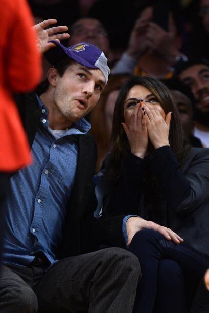 Una imagen dice más que mil palabras, la cara de diablillo de Ashton Kut...