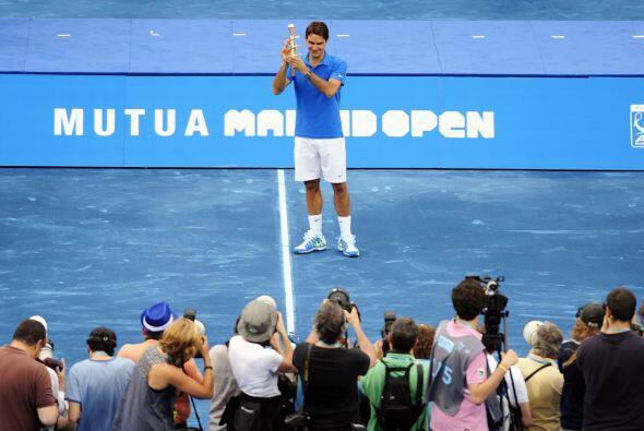 Y Dos, por el triunfo final de Roger Federer en el Masters 1000 de Madri...