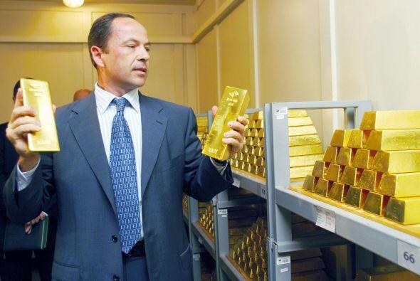 El Banco de Holanda se encarga de las reservas de oro, cuyo valor ascien...