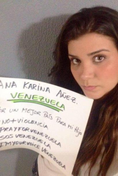 Ana Karina Añez, quien no específica qué concurso ganó en Venezuela, pid...