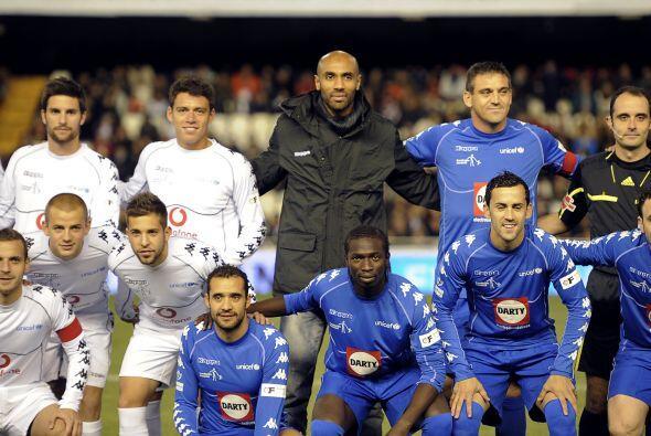En el campo de Mestalla se reunieron muchos jugadores, liderados por Fre...