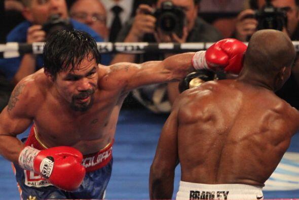 Pacquiao no tuvo la potencia de otras peleas, pero sí se vio muy preciso...