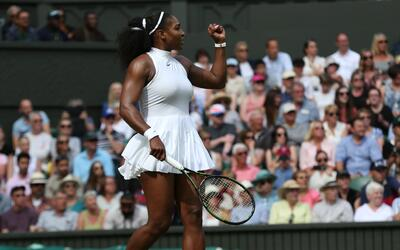 Serena Williams avanzó a semifinales en Wimbledon 2016.