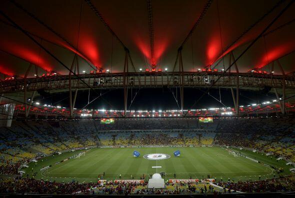En el 2014 León visitó al Flamengo en el Maracaná y...