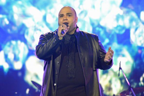 Ricardo tuvo que cantar por su vida en el duelo de sentenciados.