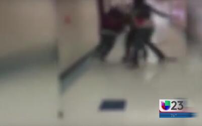 Golpiza entre estudiantes se vuelve viral