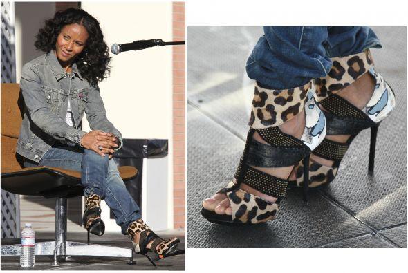 Veamos otras famosas que le pusieron el toque animal a sus zapatos: Jada...