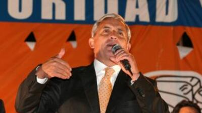 Otto Pérez, militar derechista, encabeza los sondeos para las próximas...