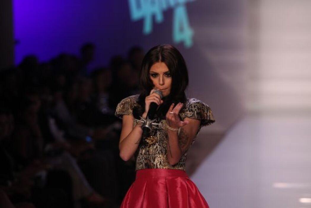 8.- Cher Lloyd es una chica de Reino Unido que tiene todas las intencion...