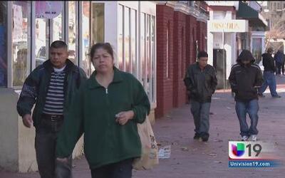 Inmigrantes indocumentados temen realizar su declaración de impuestos