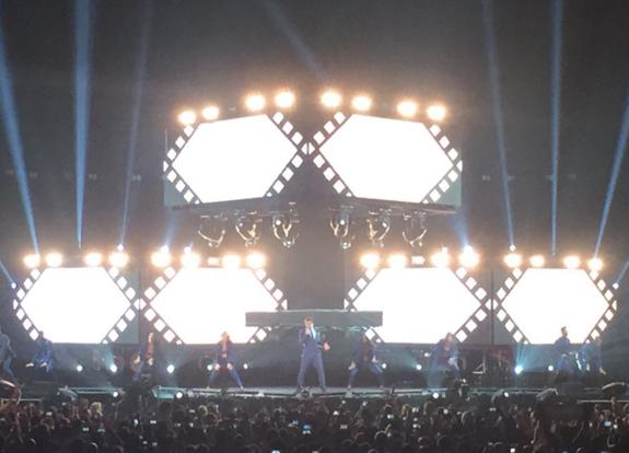 Ricky Martin enamora a Puerto Rico 17.png