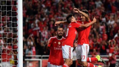Nico Gaitán celebra su gol ante Belenenses.