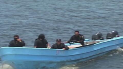 Arrestan a unas 26 personas en El Salvador acusadas de apoyar la operaci...
