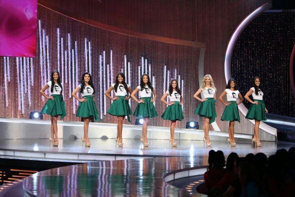 Sus ocho chicas lucieron faldas color verde. Julián asegur&oacute...