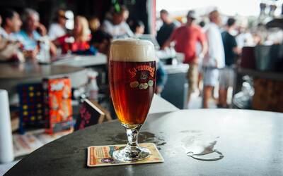 Se relanzó la cerveza más antigua y legendaria de Cuba en Miami.