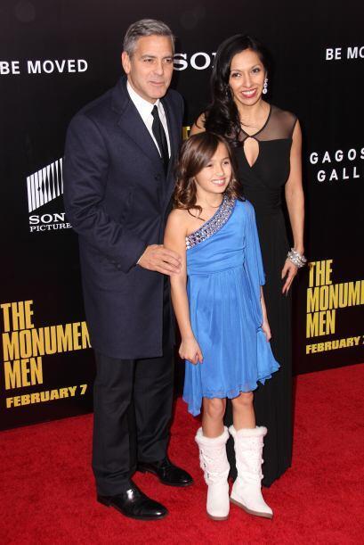 George Clooney además de guapo es muy cumplidor. Más videos de Chismes a...