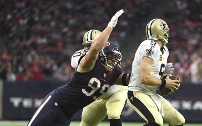 Los Houston Texans vencieron 24 - 6 a los New Orleans Saints para ligar...