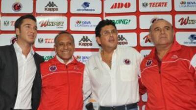 Cristobal Ortega fue presentado como nuevo técnico del Veracruz.