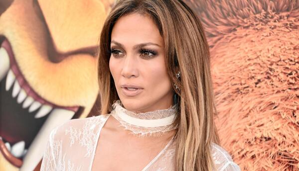 "Jennifer Lopez es Shira, la bella tigresa de ""Ice Age: Collision Course"""