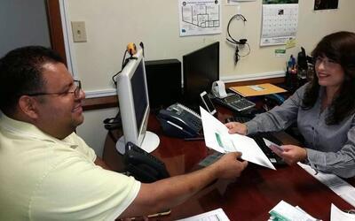 Univision Arizona Inicio Consulado Movil El Salvador.jpg