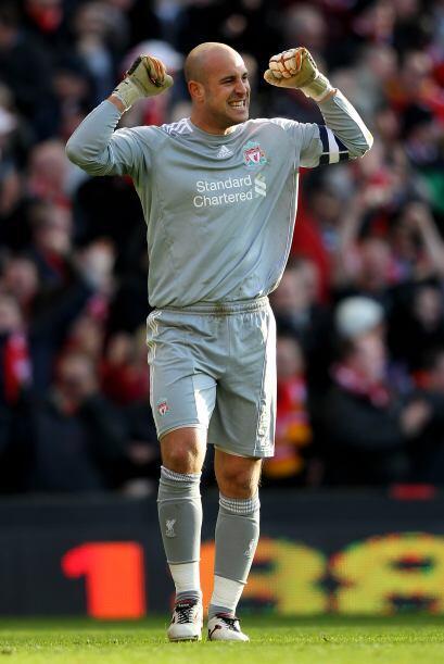 El español, Reina, festejó el segundo triunfo del Liverpool en una seman...