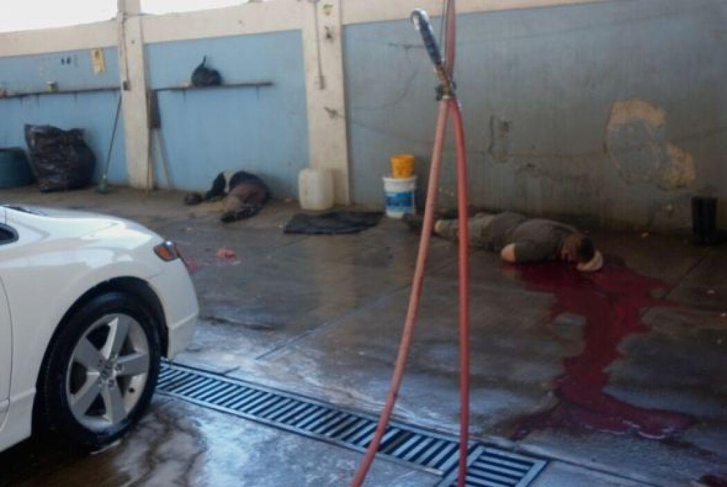 La mayoría trabajaban en el lavadero de autos, ubicado en una zona comer...