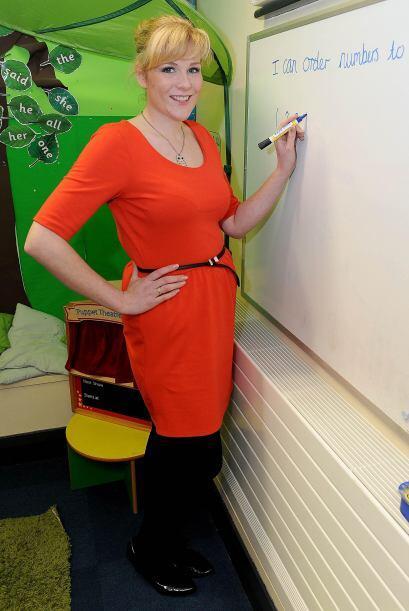 Desde que había comenzado su carrera como docente, 5 años antes, Lucy ha...