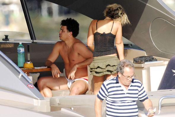 En el 2008, Ronaldo parecía encontrar el rumbo a su carrera sentimental....