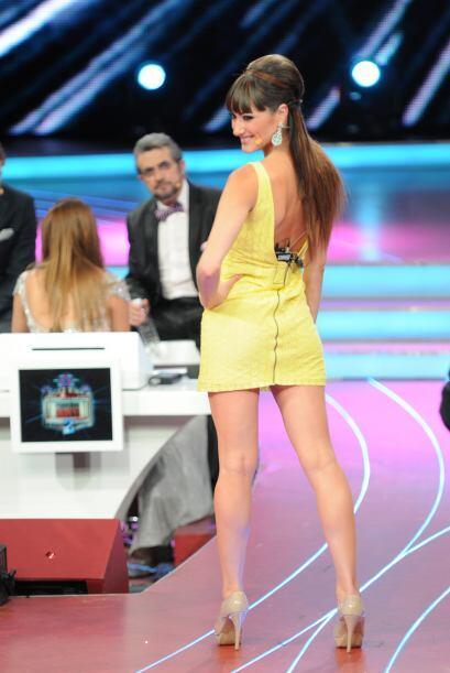 La bailarina, aunque a veces es un poco estricta, es bastante sexi.