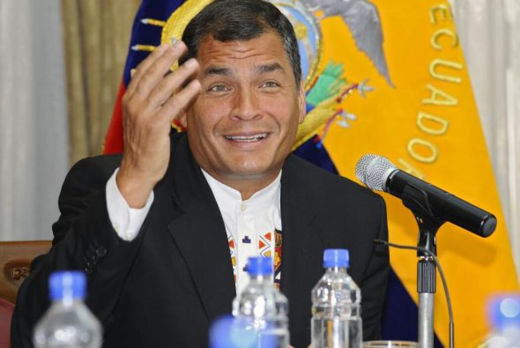 Además de la presente demanda penal contra El Universo, Correa entabló u...
