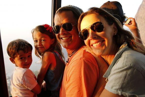 Carlos Vives estuvo junto a su familia disfrutando de la fiebre futboler...