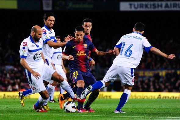 El Barça dio descanso a Messi, que arrancó en el banco. Alexis y Villa i...