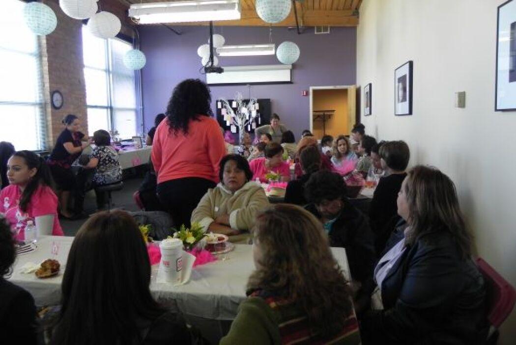 Las mujeres latinas, pacientes o sobrevivientes de cáncer, de Chicago ah...