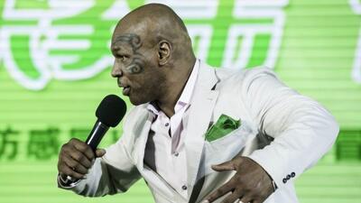 """El boxeador aprecerá en el disco de la Reina del Pop' con el tema """"Icon..."""