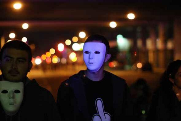 Caracteristica de Los Ángeles, los participantes de las protestas repres...