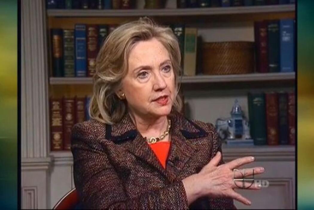 También ha tratado de mantenerse en forma nadando, pero Clinton no ha po...