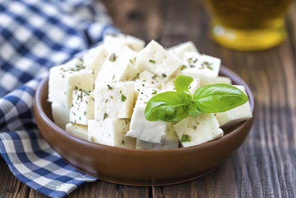 Un poco de queso (del que tú quieras pero que sea fresco) con un toque d...