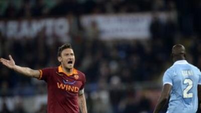El eterno capitán de la Roma salvó un punto para su club ante Lazio.