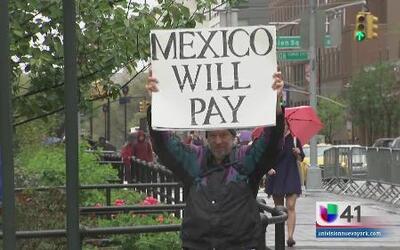 Múltiples causas expuestas en NYC durante el desfile del Día Internacion...