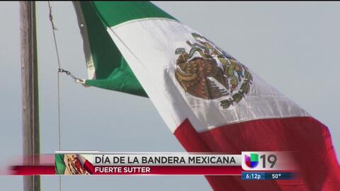 Festejos por el día de la bandera de México en Sacramento
