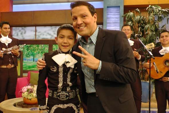 Raúl González aplaudió el extraordinario trabajo que han hecho los padre...